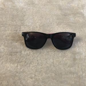 $5 ADD ON. / New Black and Pink CHILL Sunglasses